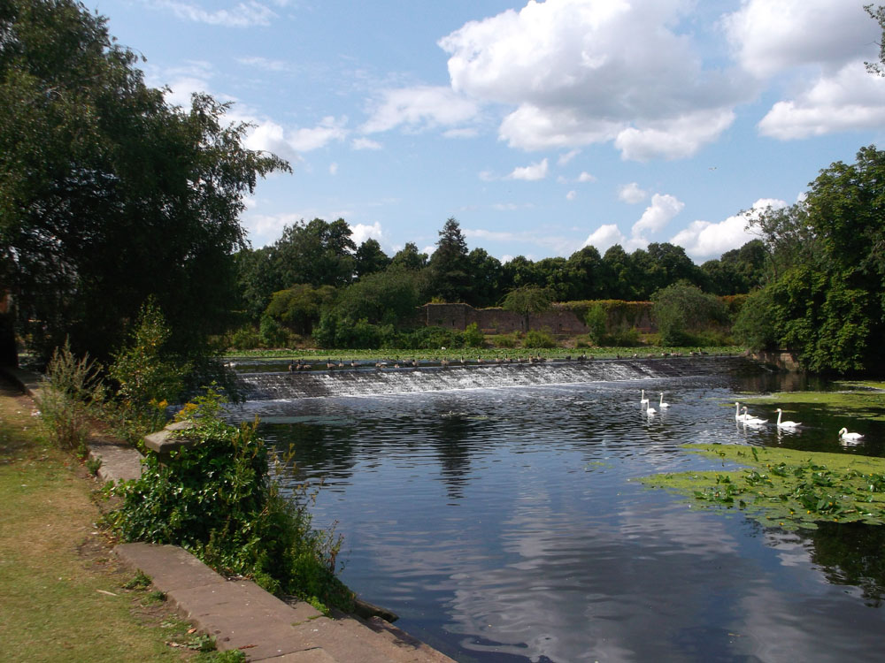 Abbey Park weir